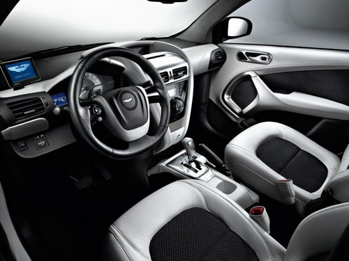 2011 Aston Martin Cygnet Launch Edition 05.jpeg