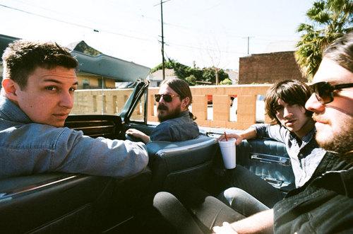 Arctic-Monkeys1.jpg
