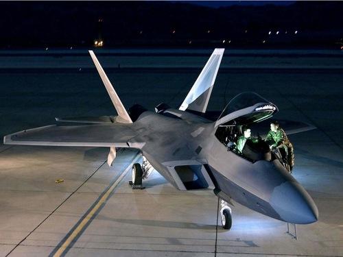 F-22raptor.jpg