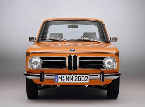 S0-Une-BMW-2002-Tii-neuve-52598.jpg