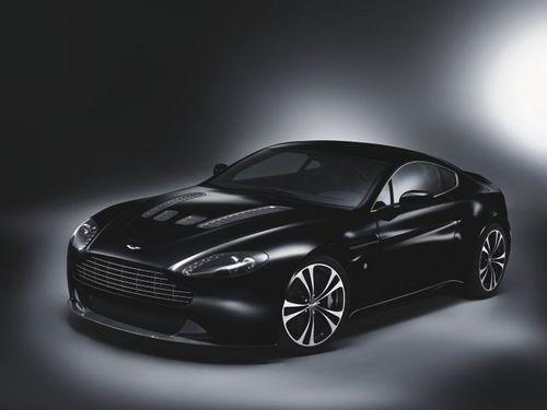 v12-vantage_carbon-black.jpg